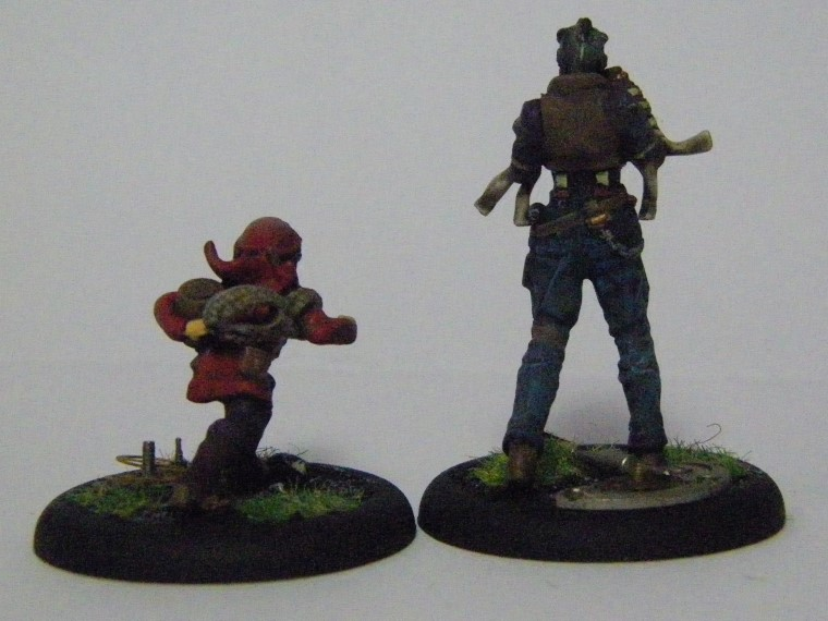 Malifaux, Arcanist faction Mouse and Ironsides from The Ironsides Crew Box Painted, Wyrd Games