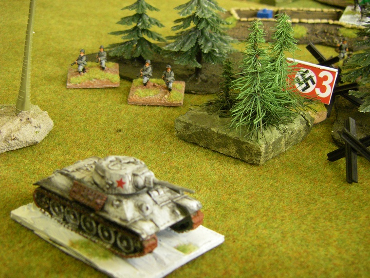 Poor Bloody Infantry by Peter Pig WW2: 1943 Germans vs 3rd Shock Army Russians, Flammenwerfer team in action, 15mm